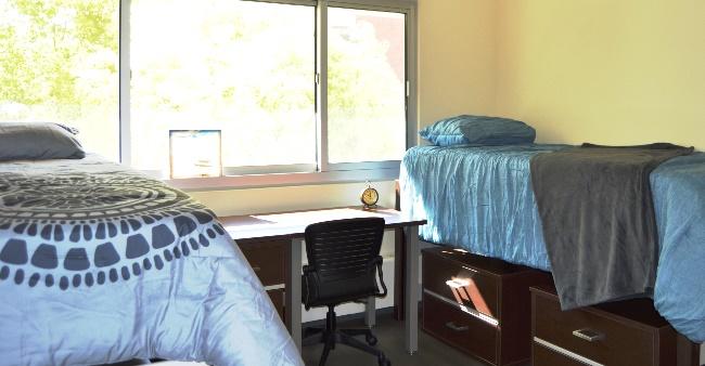PKS 1B2P Bedroom 02x1 1