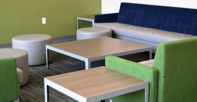 UV Building 6 Lounge 5004 13x1