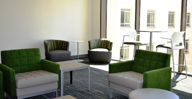 UV Building 6 Lounge 5004 17x1