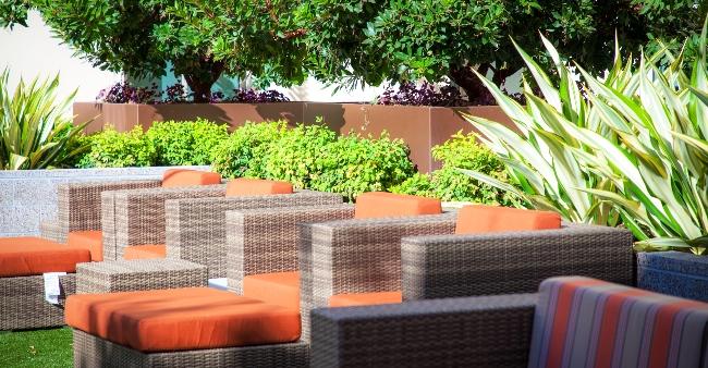UVN Courtyard 27 x1